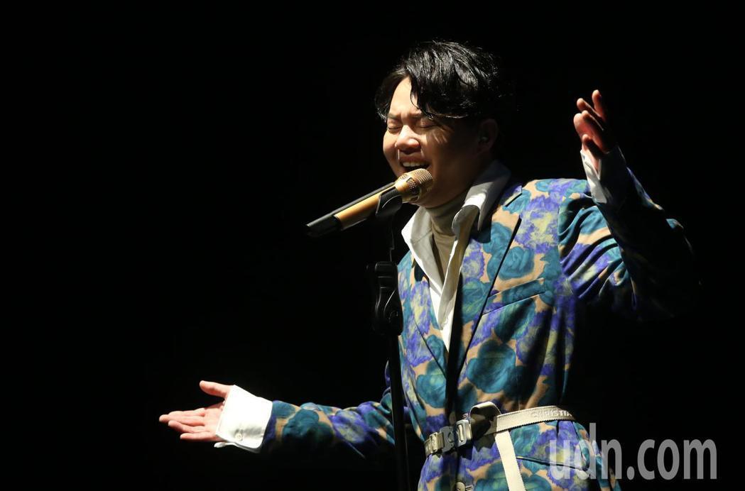 新生代台語情歌王子 許富凱 20號晚間在台北信義劇場Legacy Max 舉辦