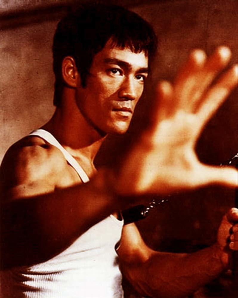 李小龍至今仍是全球影迷心目中最具代表性的華人動作巨星之一。圖/摘自IMDb