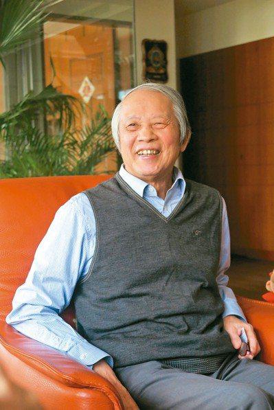 賴浩敏是首位律師出身的司法院長,卸任後近期出書談人生。 記者林孟潔/攝影