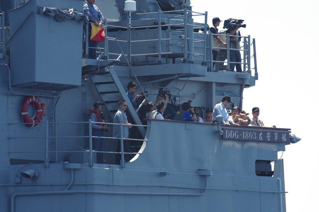2014年的漢光30號演習,馬英九總統搭艦出海校閱,創下紀錄。 圖/聯合報系資料...