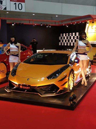 「超跑少東」陳風廷自稱擁有12輛頂級超跑。 圖/擷取自SF-Club 風格國際車...
