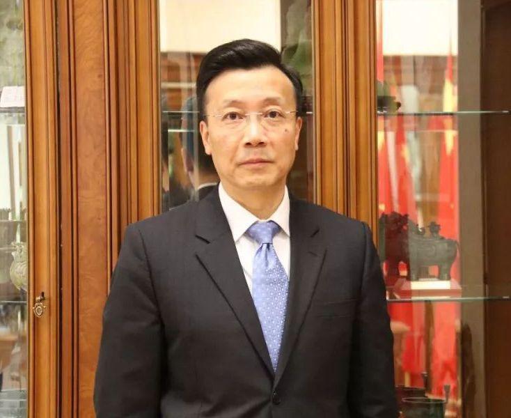 中共駐哈薩克大使張霄。 圖/取自微博
