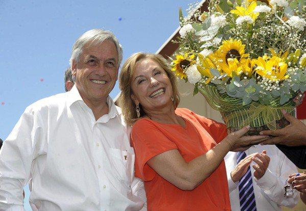 智利總統皮涅拉與妻子。 圖/取自wiki