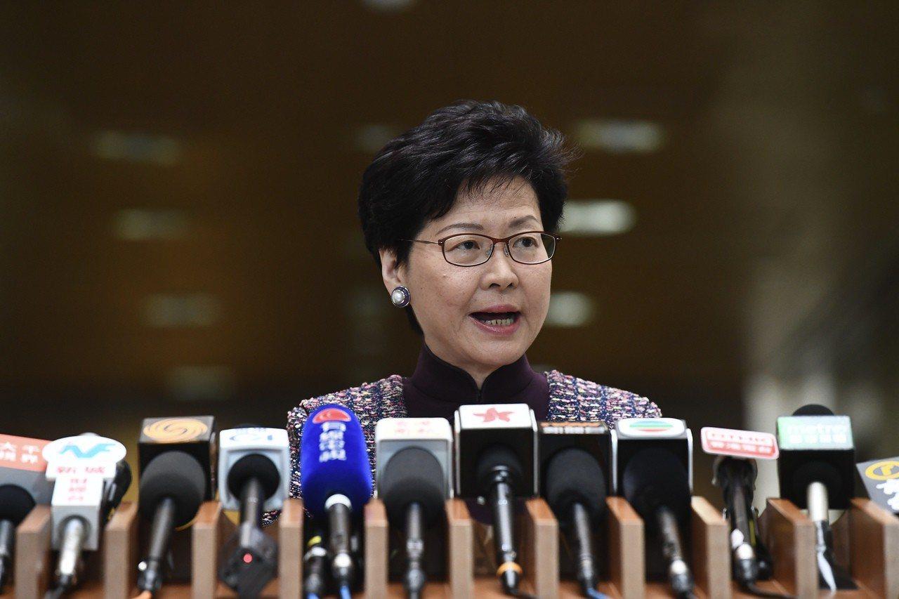 林鄭不接受《逃犯條例》日落條款。 香港中國通訊社