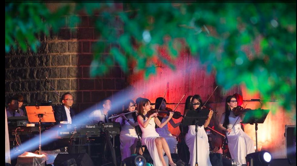 新竹縣文化局指出,今天下午的音樂會有天狼星口琴樂團、大新竹管弦樂團,以及多位在地...
