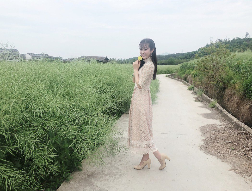 黃心娣演出年代片「82號古宅」。圖/周子娛樂提供