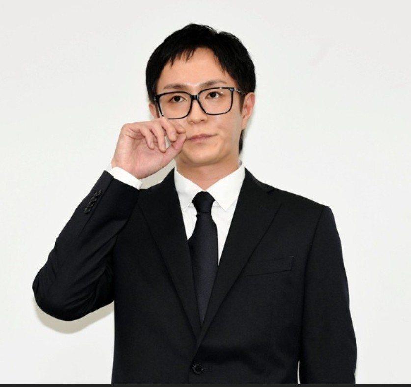 浦田直也染成黑髮道歉。圖/摘自日刊體育