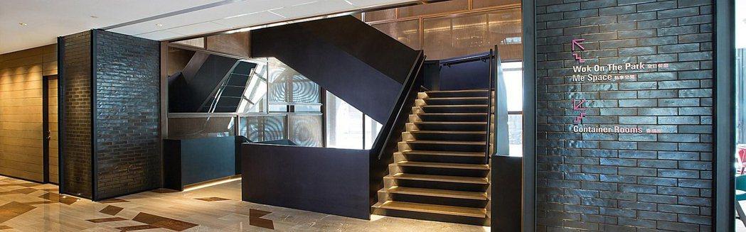位在英迪格酒店2樓獨有的私享空間「 Me Space 」讓媽咪用餐後可以小憩,本...