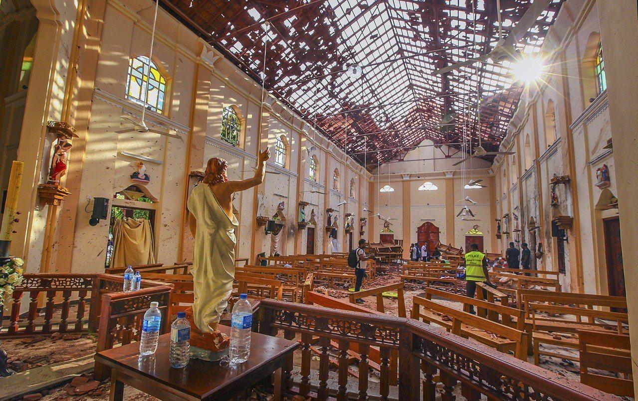 斯里蘭卡多座基督教教堂與多家豪華飯店遭到自殺炸彈攻擊。 美聯社
