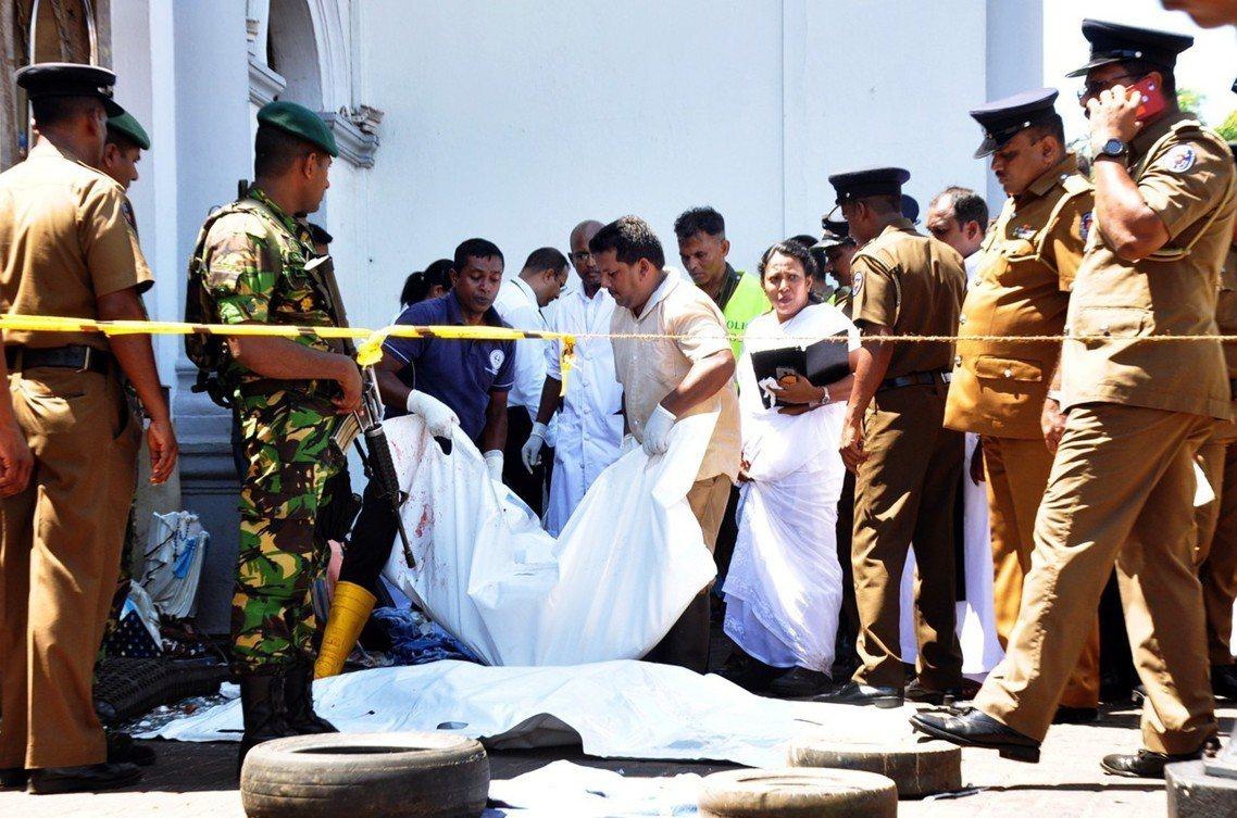 全系列恐攻是否「還在進行中」?一夜緊張的斯里蘭卡政府,仍無法確定。 圖/歐新社