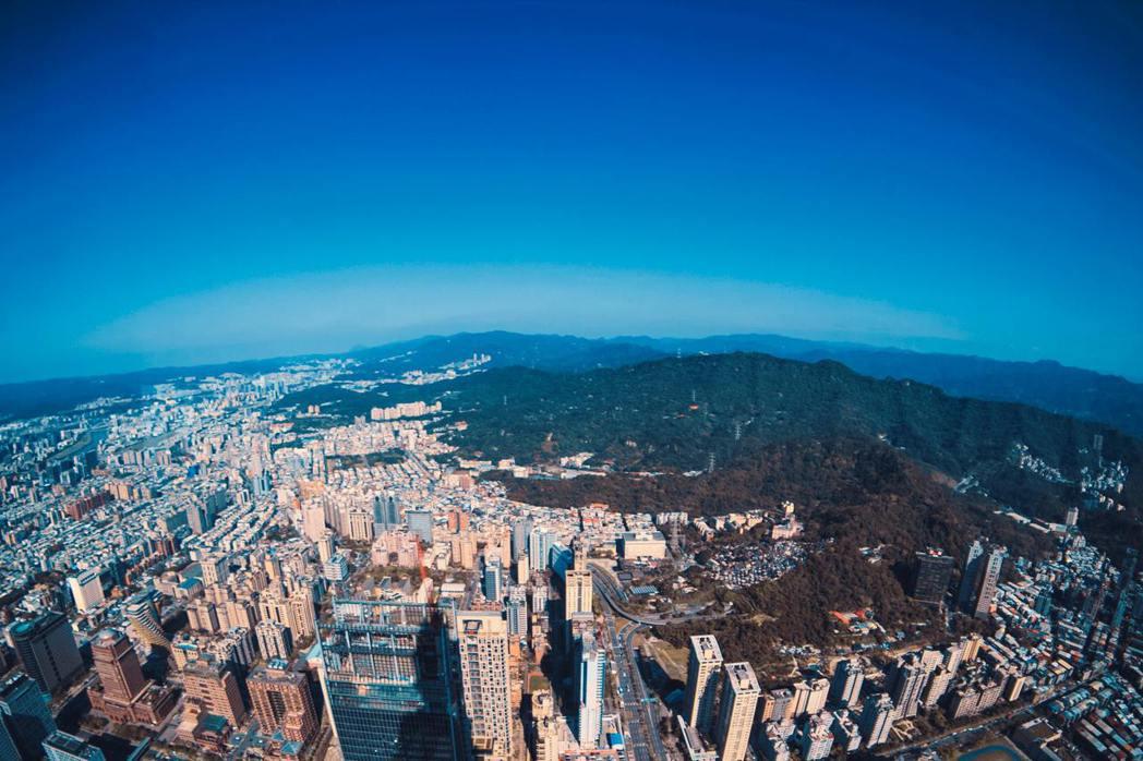 台灣空拍照。 摘自Pexels