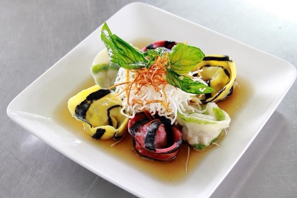 學生每一道餐點都要掌握專業技術,色香味兼具。圖/私立至善高中提供