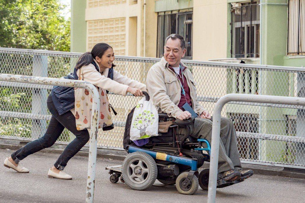 黃秋生(右)主演電影「淪落人」在香港創下賣座佳績。圖/甲上提供