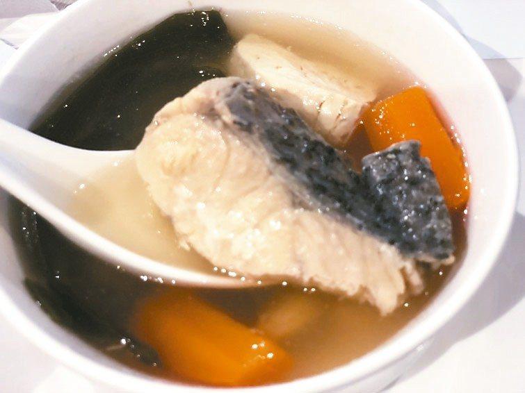 魚湯。 記者劉嘉韻/攝影