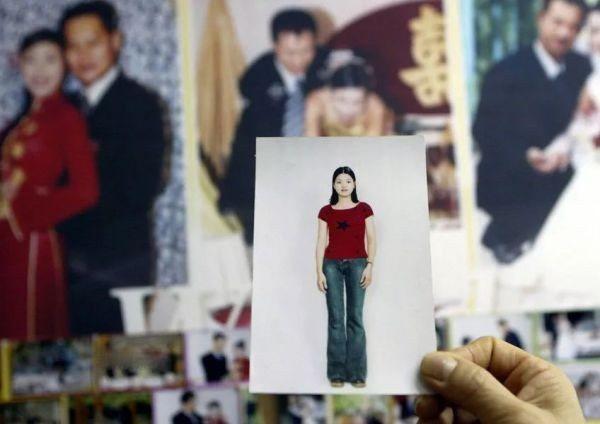 大陸男子在媒體自爆買越南新娘的經歷。圖/取自澎湃新聞
