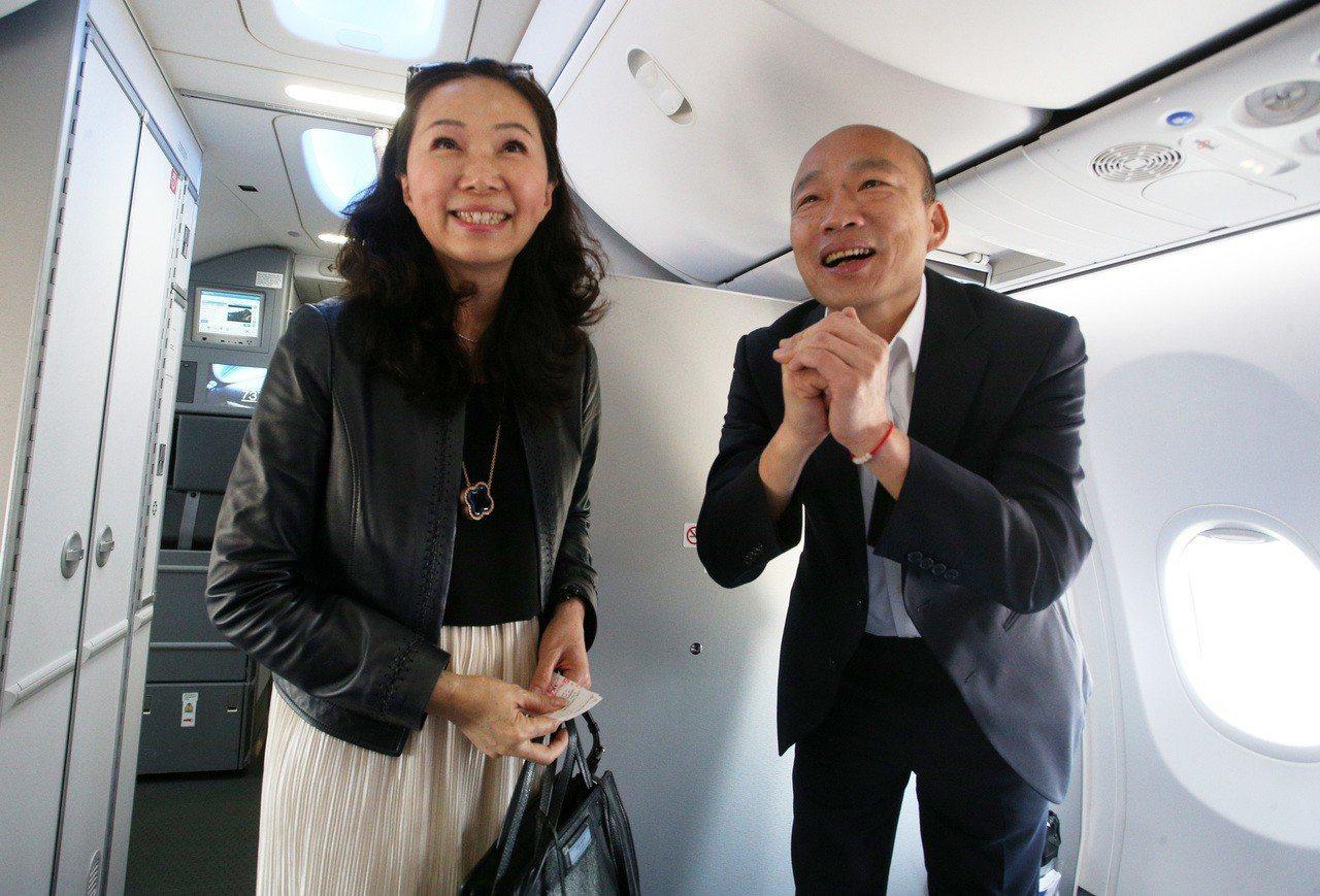 高雄市長韓國瑜的妻子李佳芬,言行柔中帶剛、剛中帶柔,是個非典型「官夫人」。 圖/...