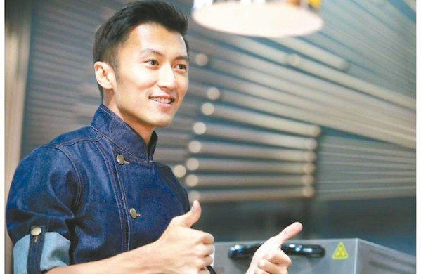 7-ELEVEN攜手港星謝霆鋒自創品牌「鋒味」,合作開發鮮食商品。 網路照片