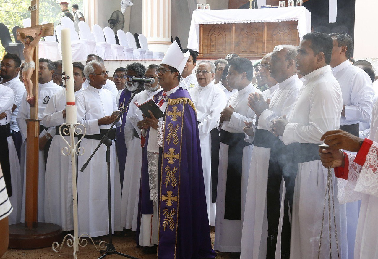 教宗為罹難者舉行悼念儀式。 歐新社