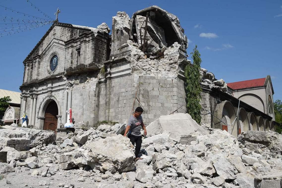人口稠密、位置處於政經精華區的呂宋島周邊,10多年來都沒曾經歷過如此強震。因此各...