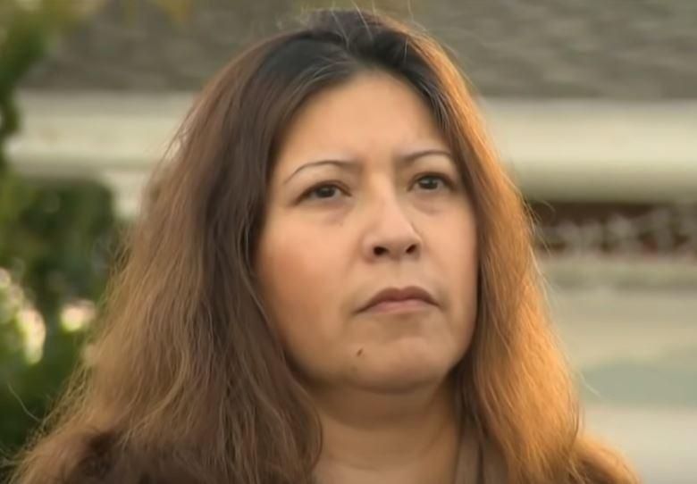 42歲母親為了保護屋內2名未成年女兒,衝出屋外大聲呼救,被匪徒狂捅20刀,幸好送...