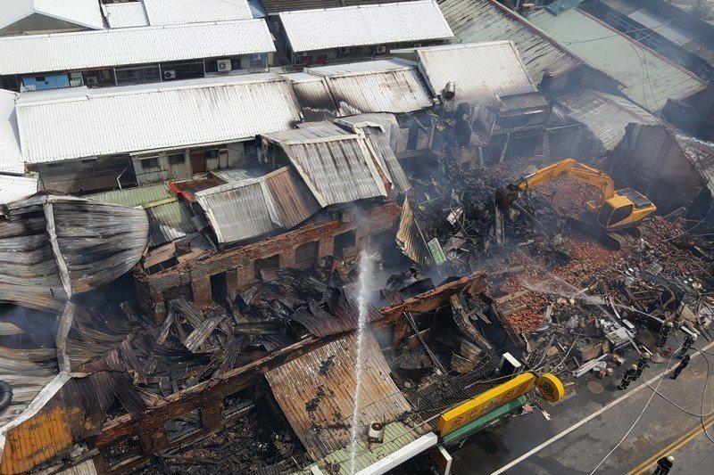 2018年9月,苑裡公有市場發生大火。 圖/聯合報系資料照