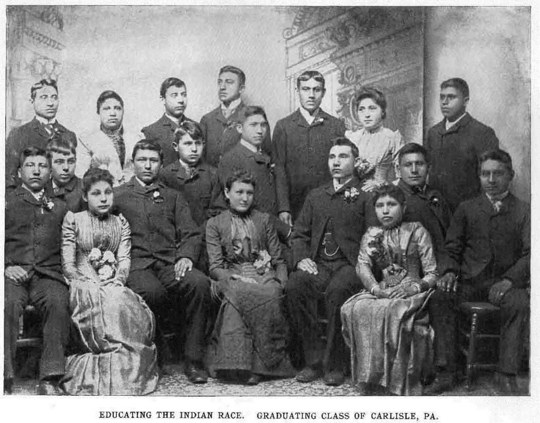 「我們必須『教化』印地安種族。」1879年,白人軍官普拉特(Richard Pr...