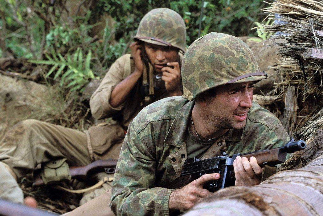 二戰納瓦荷密碼兵的故事,被吳宇森改編成好萊塢電影《獵風行動》。但有意思的是,飾演...