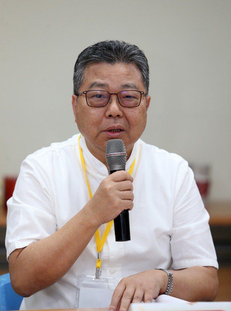天主教失智老人社會福利基金會執行長鄧世雄在「幸福老後的樣貌」專家會議中指出,台灣...
