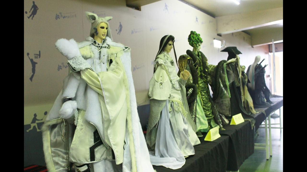 崑山科大校慶,現場展出霹靂布袋戲原創角色戲偶。圖/校方提供