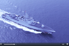 中國海軍首曝光萬噸級「055導彈驅逐艦」海上航行畫面