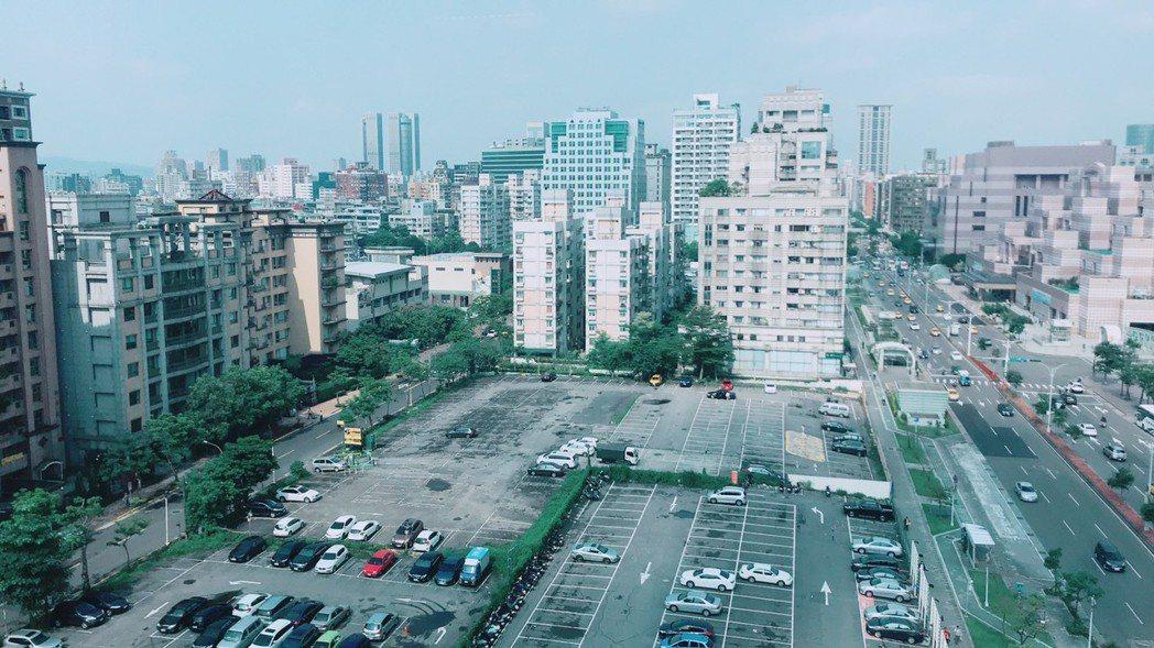 信義計畫區D3土地。   記者游智文/攝影