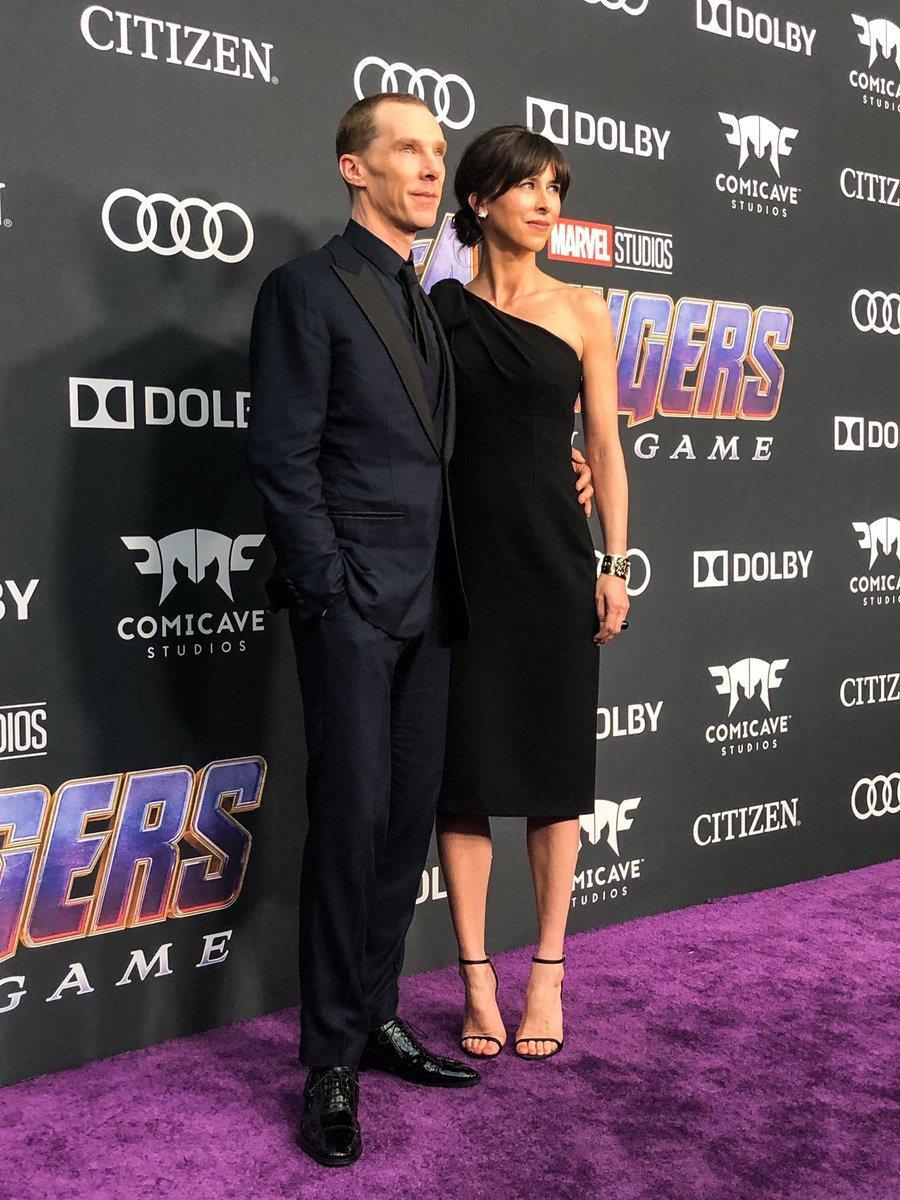 「奇異博士」班尼迪克康柏拜區帶著妻子一同出席「復仇者聯盟:終局之戰」首映會。圖/