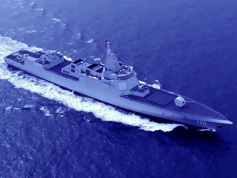 中共海軍公布的最新055型驅逐艦「南昌號」航行空拍圖。圖/取自中共海軍