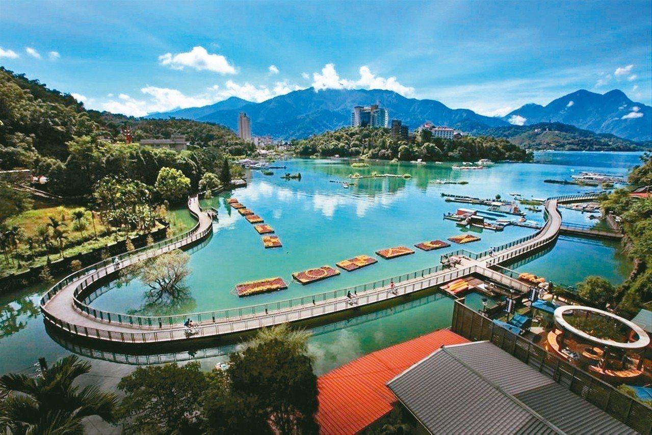 日月潭是台灣代表性景點之一。圖/觀光局提供