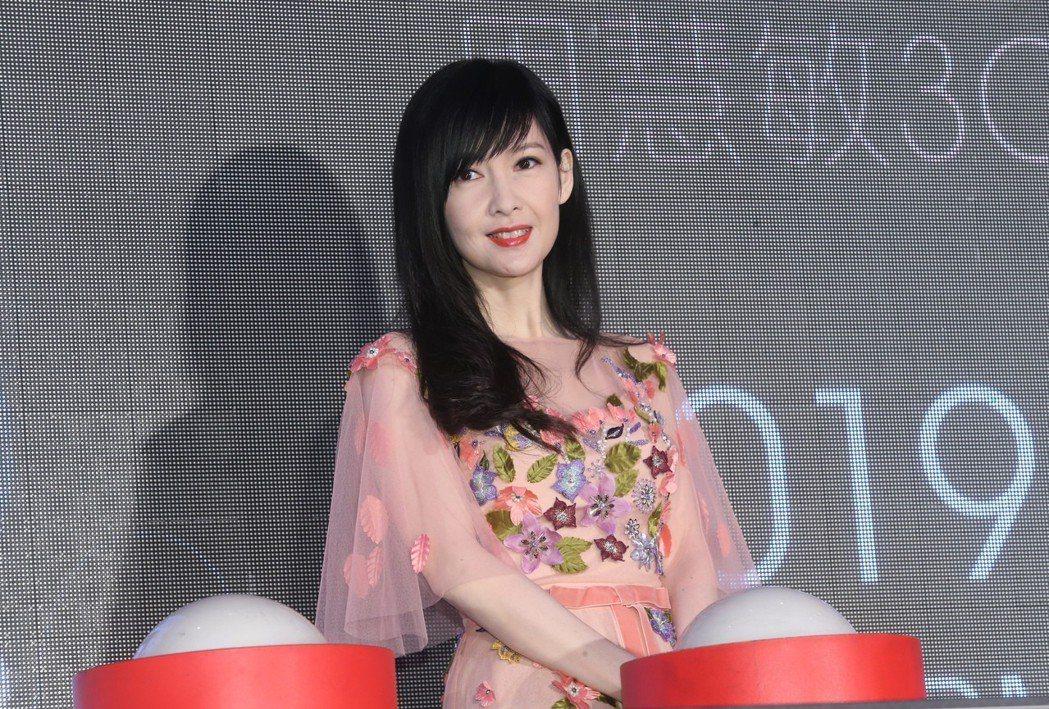 周慧敏出席台北站演唱會記者會宣布8月10日攻蛋。記者徐兆玄/攝影