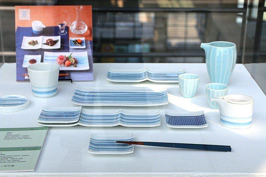 《淺淺的線》以清涼的藍色系為主,可在炙熱的夏天使用。 陶博館/提供