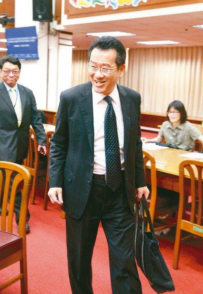 金管會主委顧立雄上午出席立法院財政委員會。 記者邱德祥/攝影
