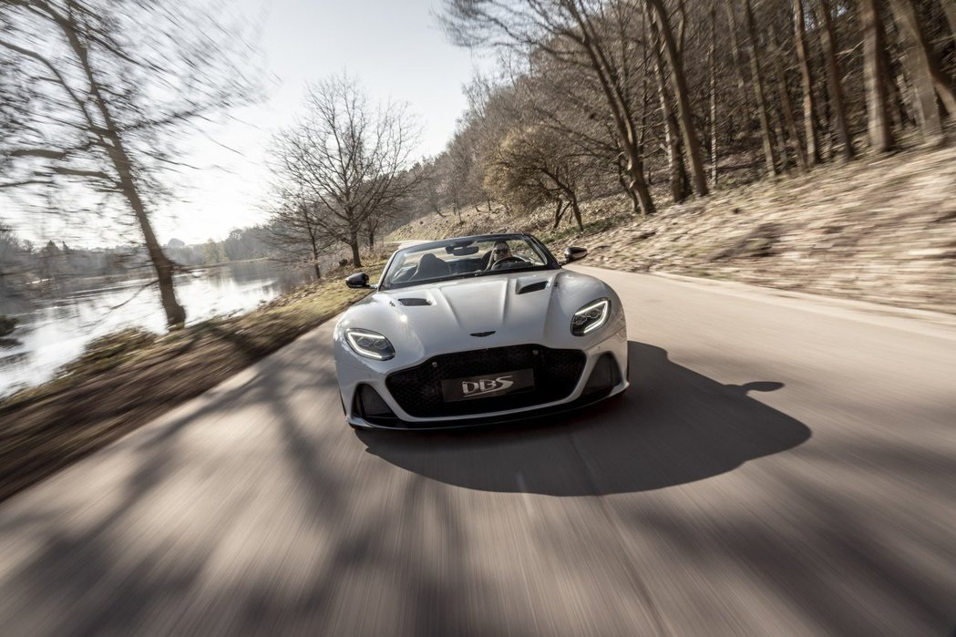 DBS Superleggera Volante為Aston Martin有史以...