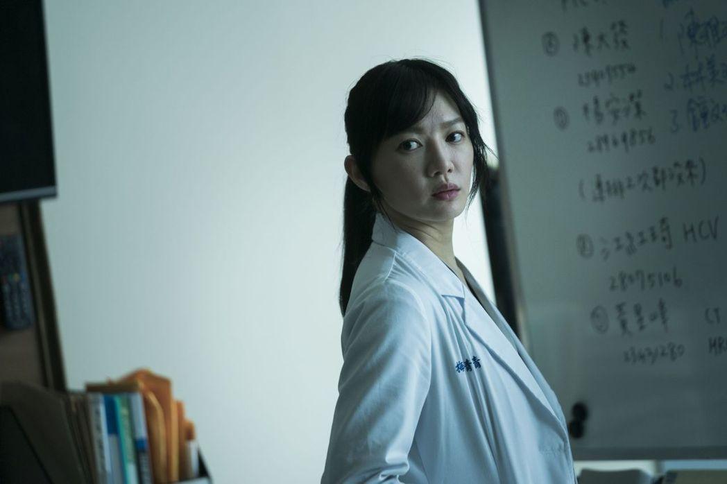 李杏飾演資深協調師梅青青。圖/公視提供