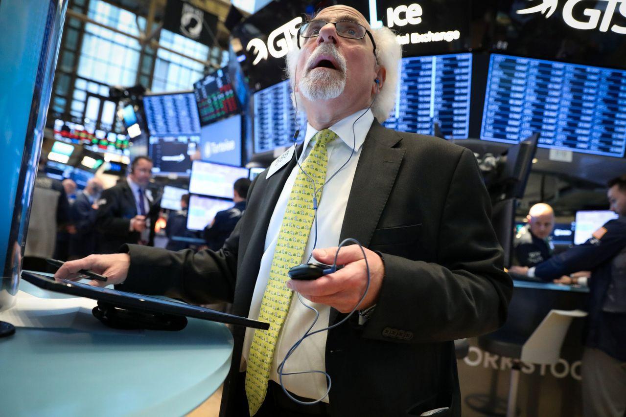 企業財報優於預期,緩和經濟減速的疑慮,帶動美股普遍走強。路透