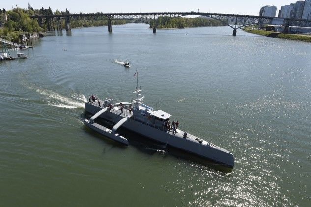 美國海軍已成功完成對中型無人艦 Sea Hunter的測試,正計劃組建成軍。美國...