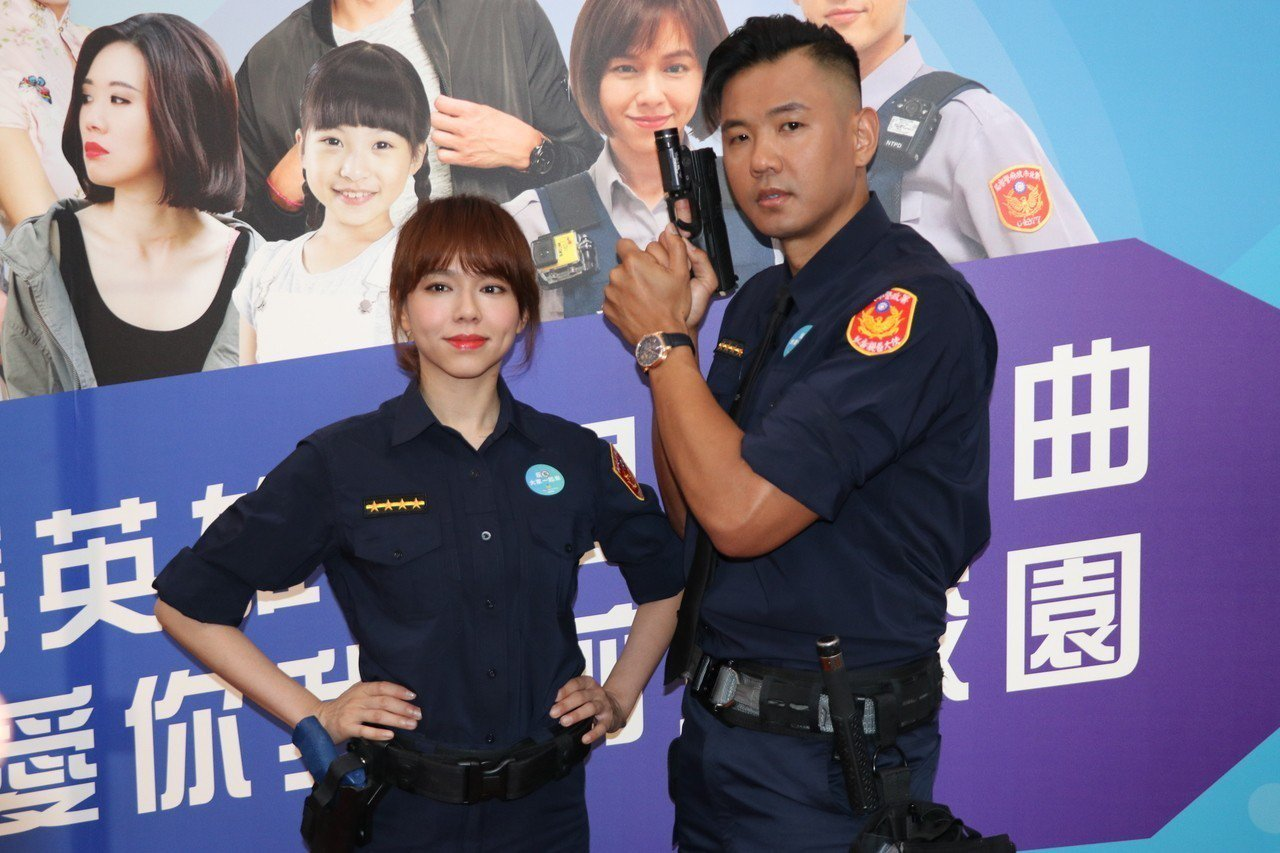 藝人陳建州、夏于喬擔任警政署反毒宣導大使,攜手打擊毒品犯罪。記者林育瑩/攝影