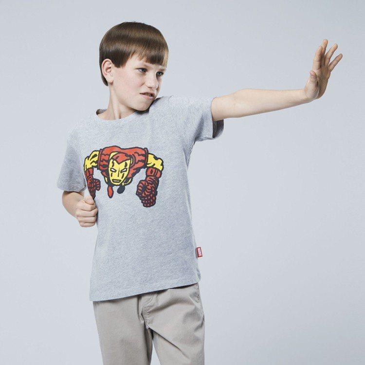 男童 MARVEL 印花T恤(短袖),售價390元。圖/UNIQLO提供