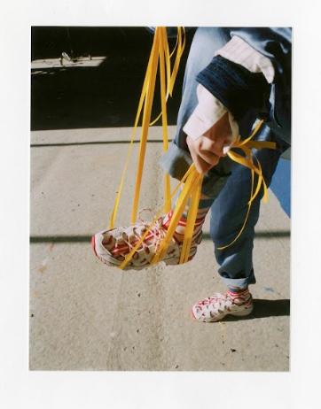 亞瑟士與英倫龐克時尚教母Vivienne Westwood首度跨界合作打造限量聯...