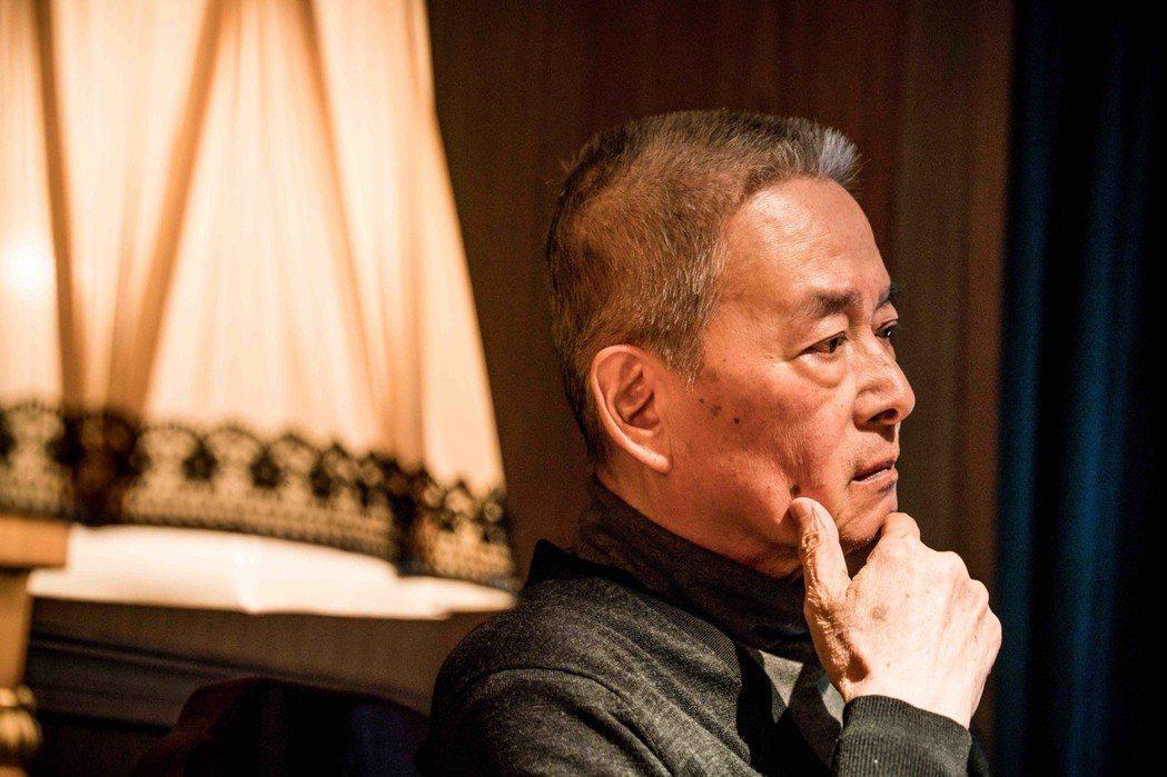 石峰飾演李登輝。圖/費思兔文化娛樂提供