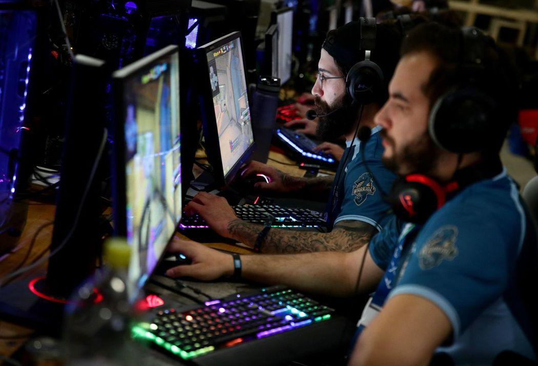 全球電競玩家和收視人口正迅速成長。路透