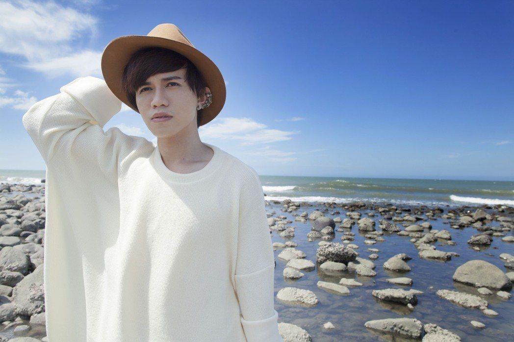 野人(李威慶)推出新專輯「空島」。圖/貓貓娛樂提供