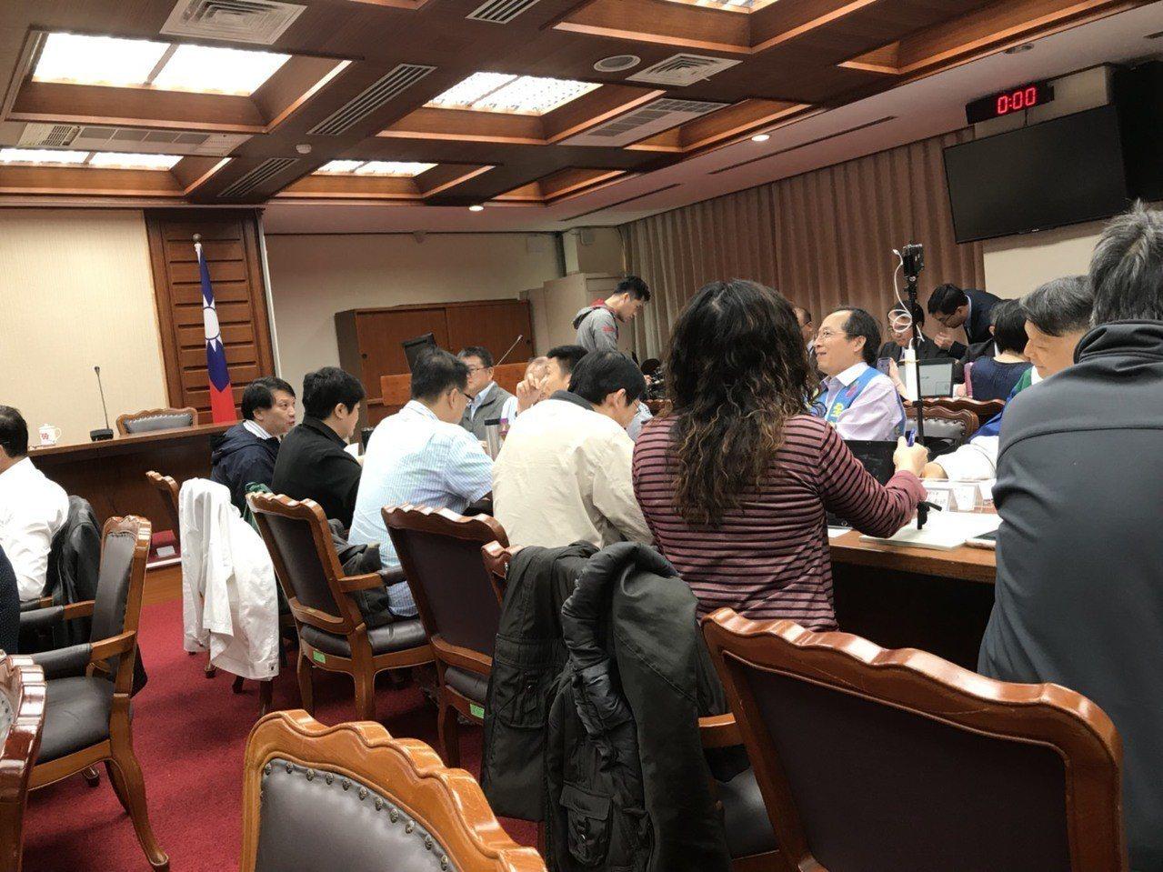 教師法修法爭議不休,立法院暫緩逐條審查,先辦座談會。 圖╱聯合報系資料照片