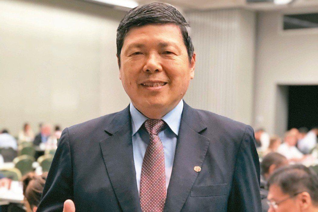 貿協秘書長葉明水指出,今年將洽邀600名重量級買主來台採購。 記者黃文奇/攝影