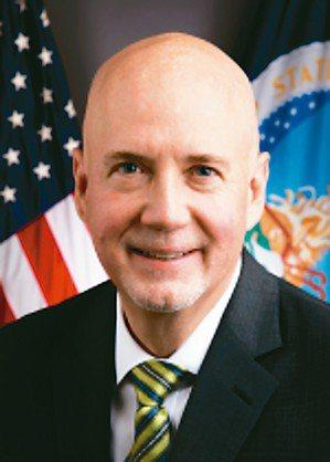 美國農業部海外服務署署長艾斯里(見圖)率貿易訪問團到台灣,他表示與台灣官員坦率討...